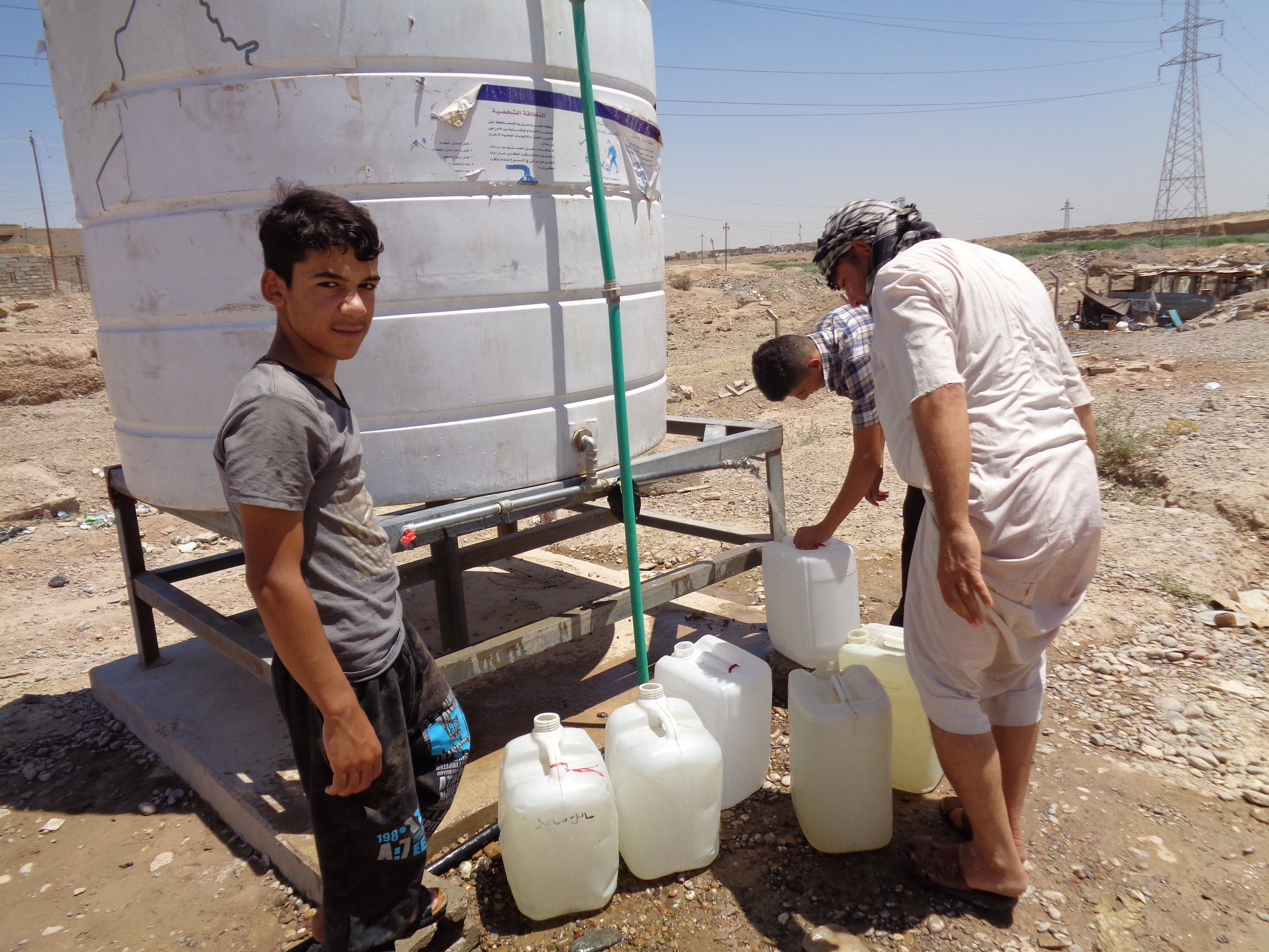 Almost everyone says that the water supply in the camp is inadequate and of poor quality. Water comes from tanks that were installed by international organizations, but they are not filled as regularly as needed.