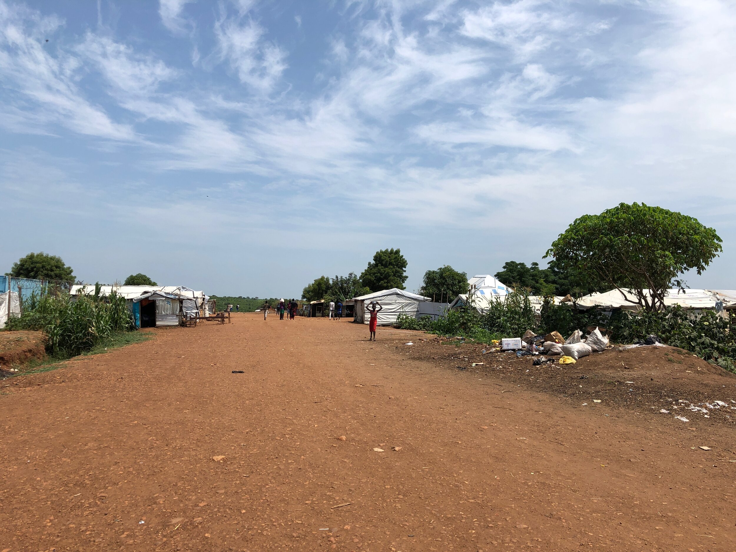 About 25,000 internally displaced people (IDPs) live in POC 3 in Juba. POCs are surrounded by fences and protected by UN Mission in South Sudan (UNMISS) peacekeeping troops.
