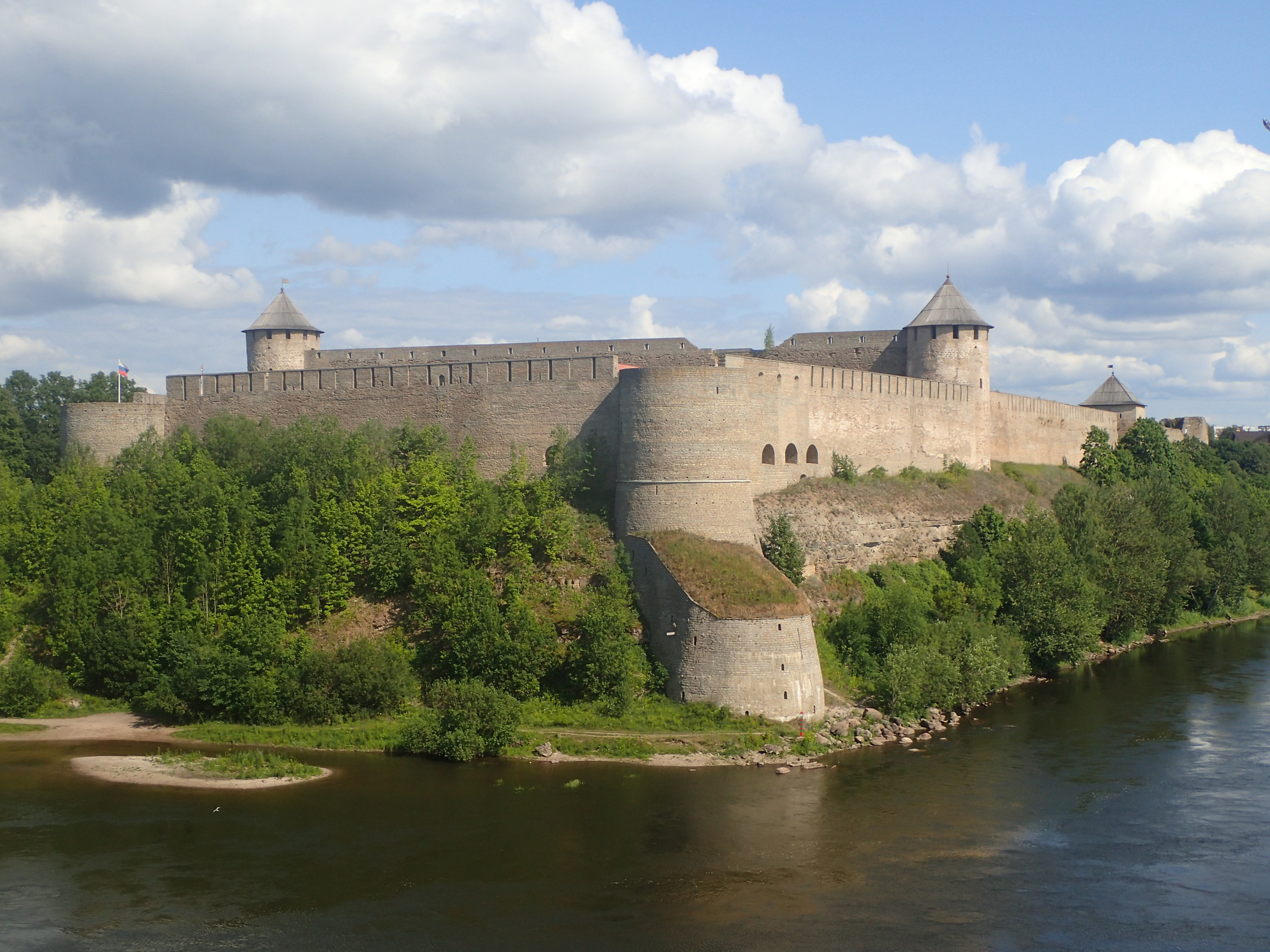 Ivangorod Fortress established by  Ivan III  in 1492 (Russia).