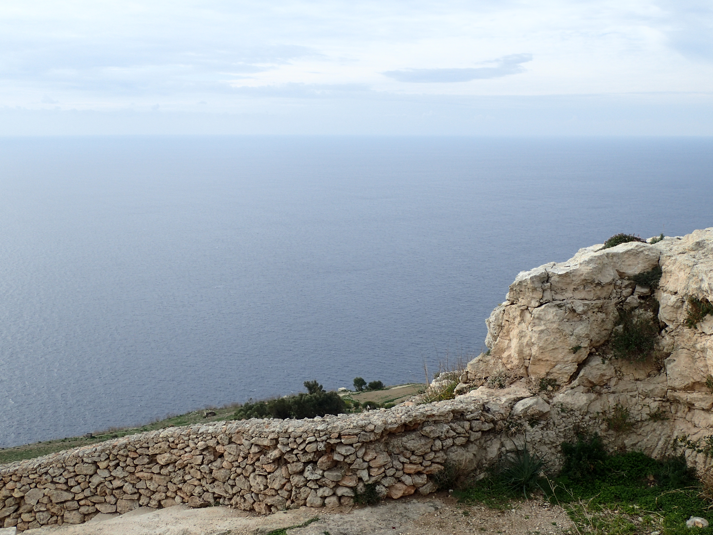 Lunch time on the Dingli Cliff