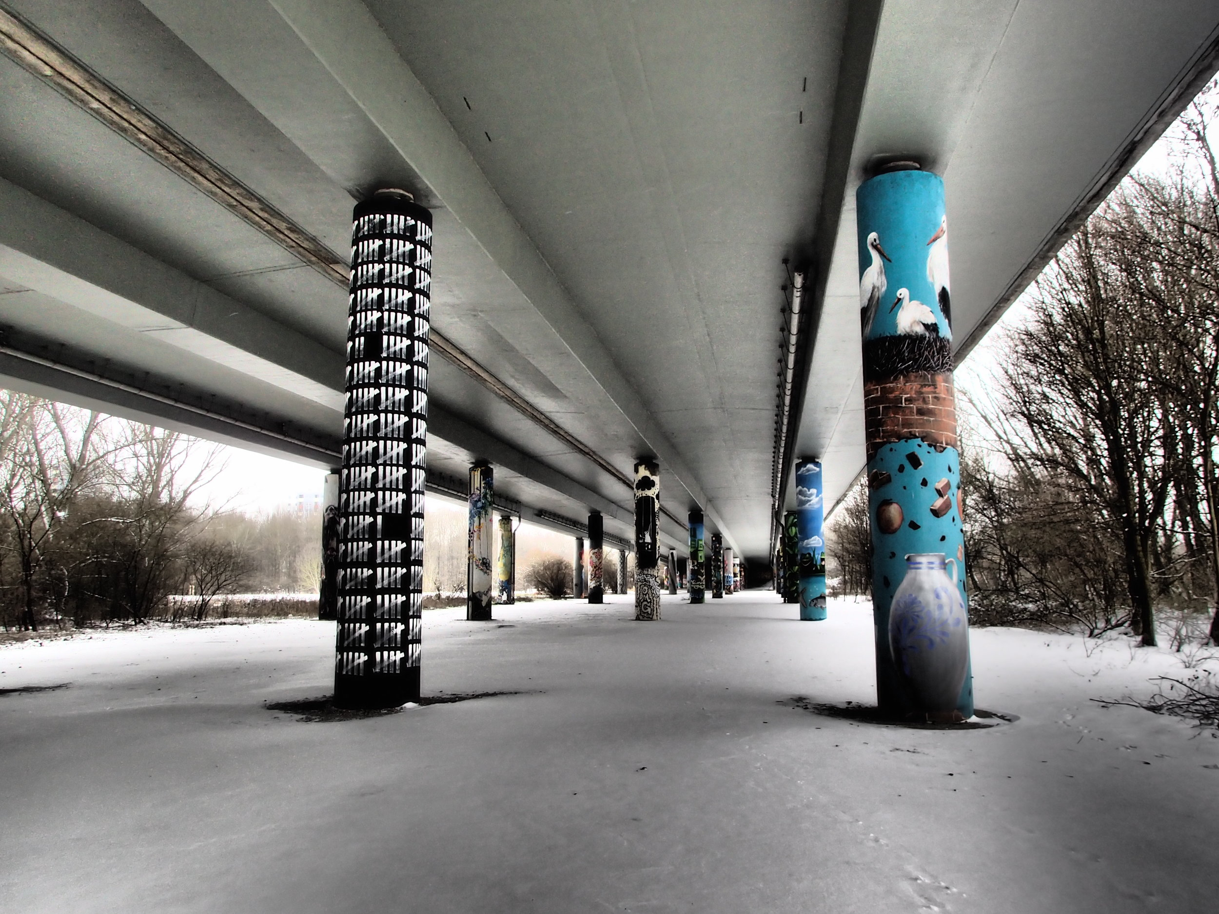 Highway underpass in Niddapark which is also used as a graffity gallery.