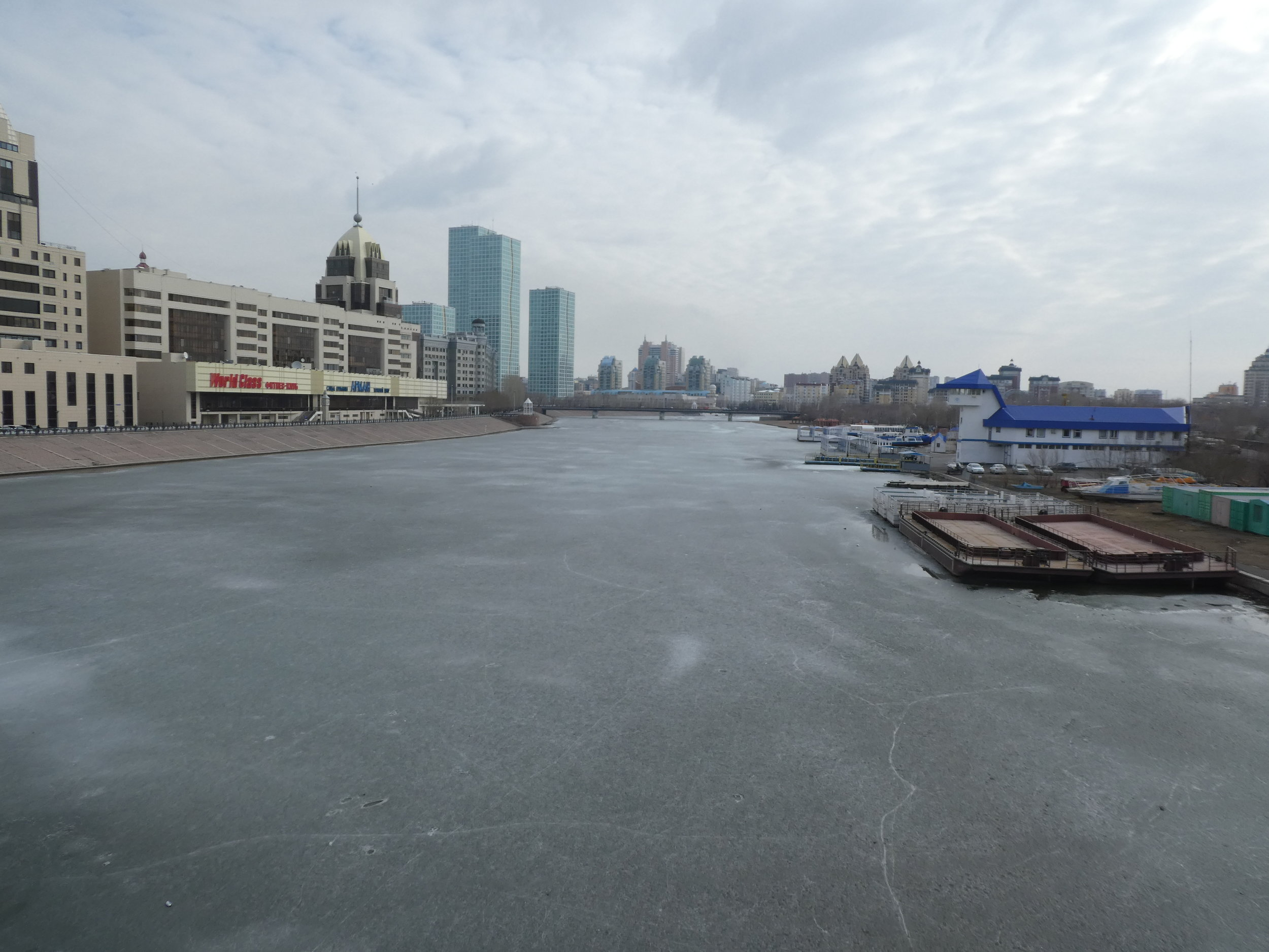 The river still frozen. Coming from Western and South Western Europe, this was a big step back into winter.