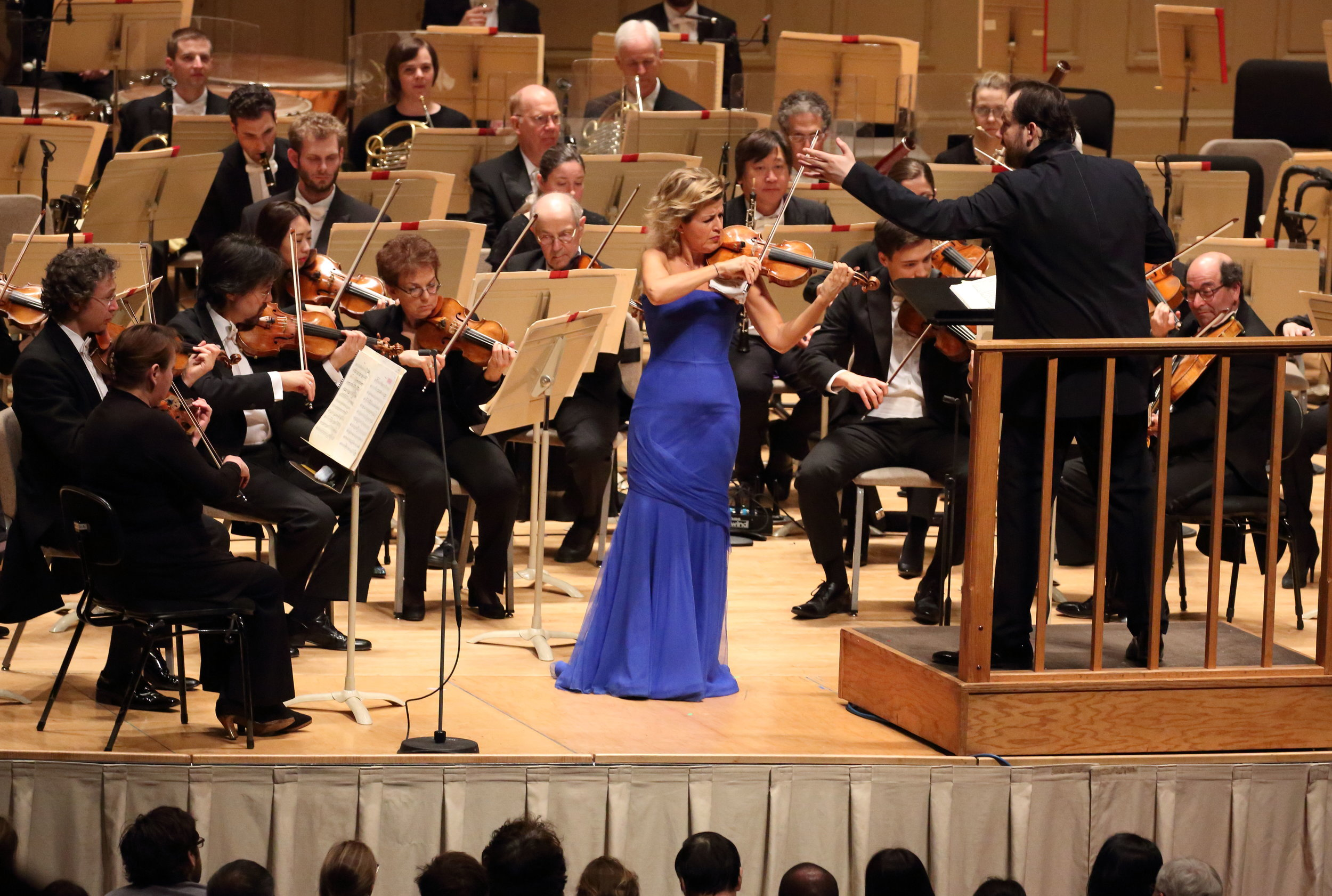 Anne-Sophie Mutter, with Andris Nelsons leading the Boston Symphony Orchestra, 27 April 2017. Hilary Scott photograph