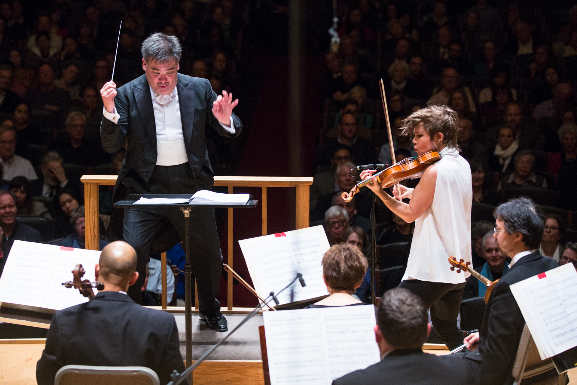 Alan Gilbert conducts the Boston Symphony Orchestra with violin soloist Leila Josefowicz, Thursday, March 1 in Symphony Hall. Robert Torres photograph