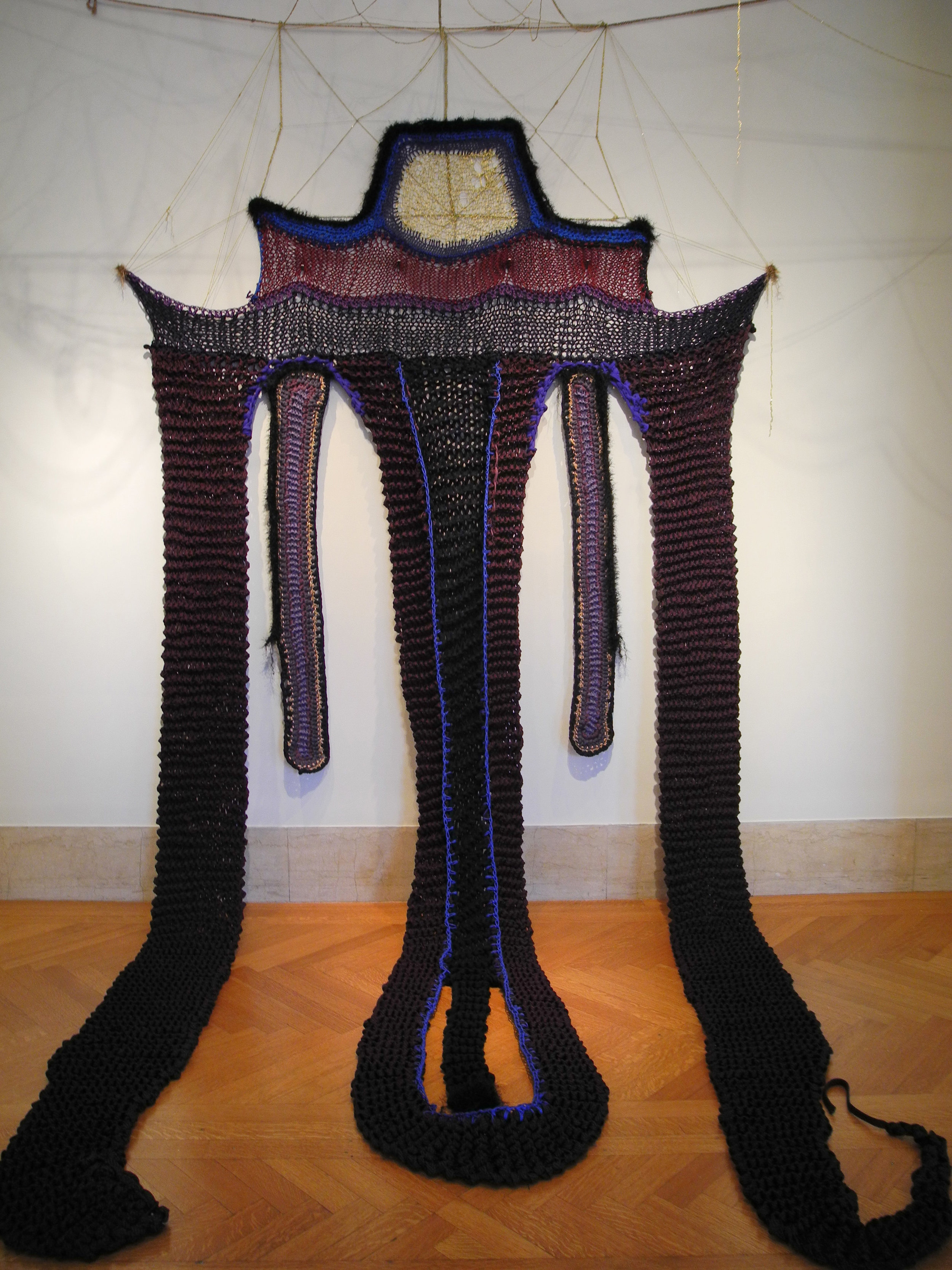 Sheila Pepe. Second Vatican Council Wrap. 2013. Synthetic and natural yarn, and metallic thread. Collection of the artist.