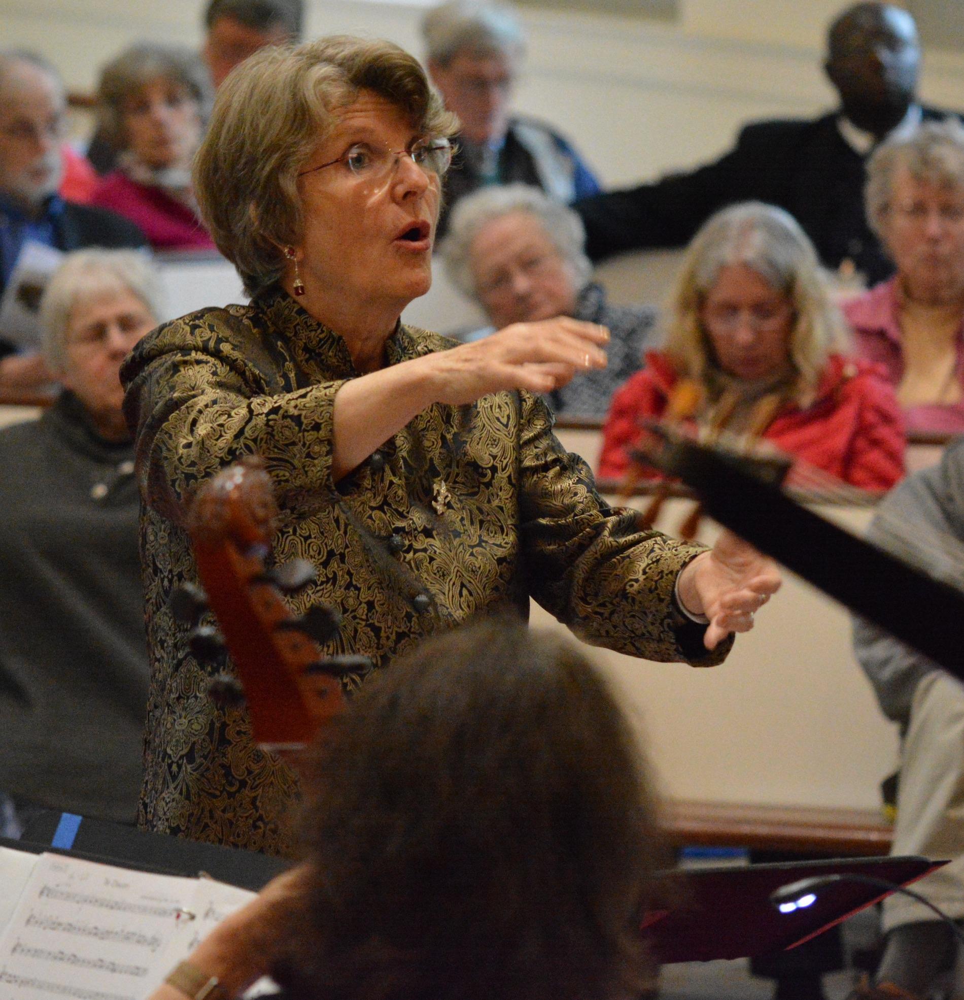 Amelia LeClair conducts Cappella Clausura. Sam Brewer photograph