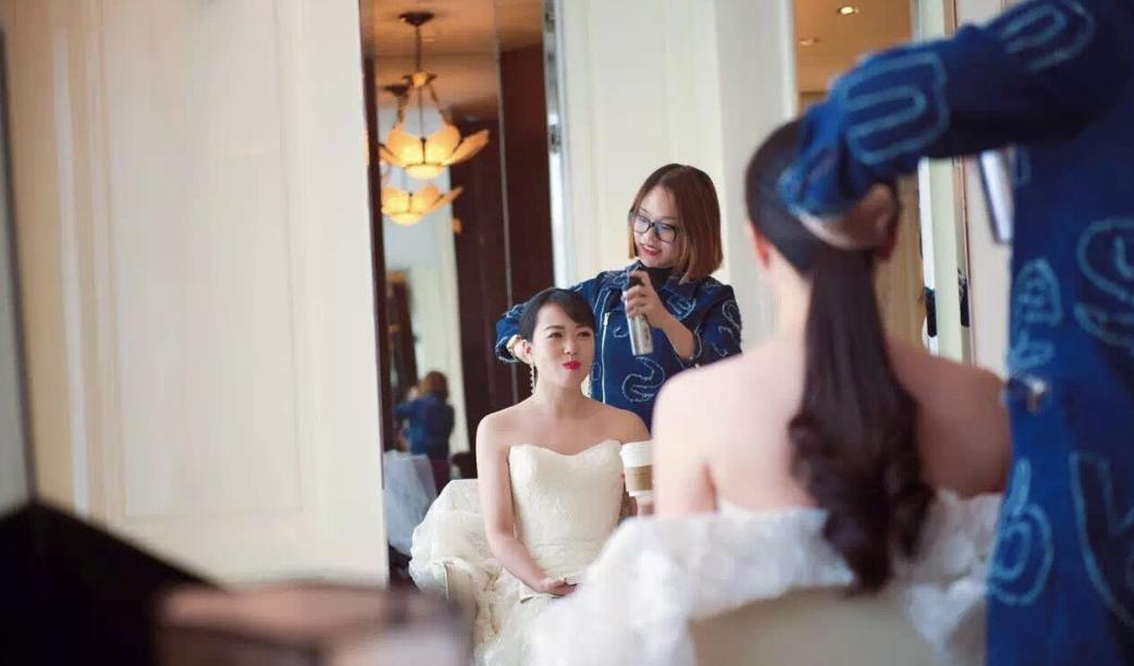 Real Bride: Chinese Bride - Joy (Dress: Kara, French Alencon Lace trumpet)
