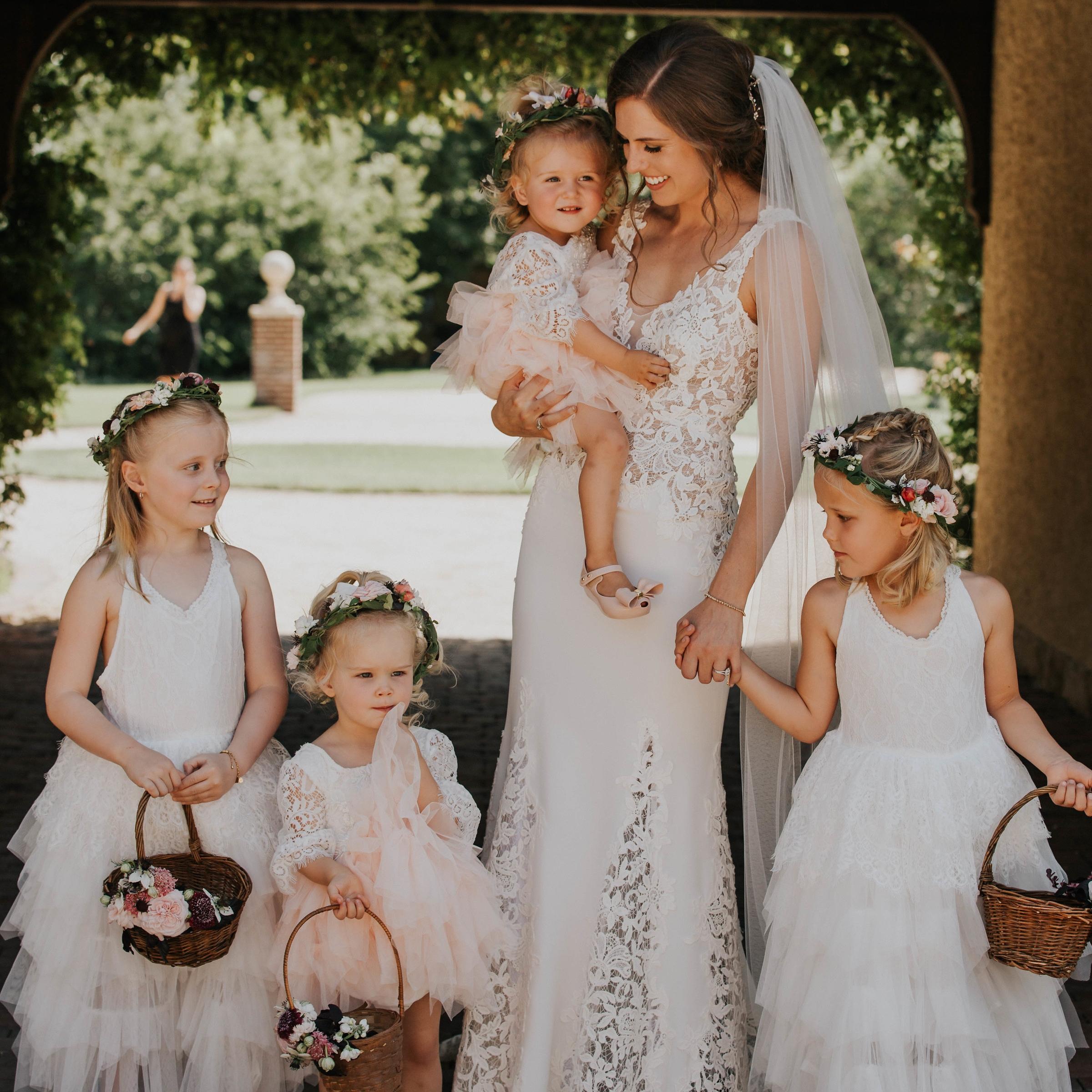 jinza-bridal-alexa-outdoor-wedding-dress.jpg