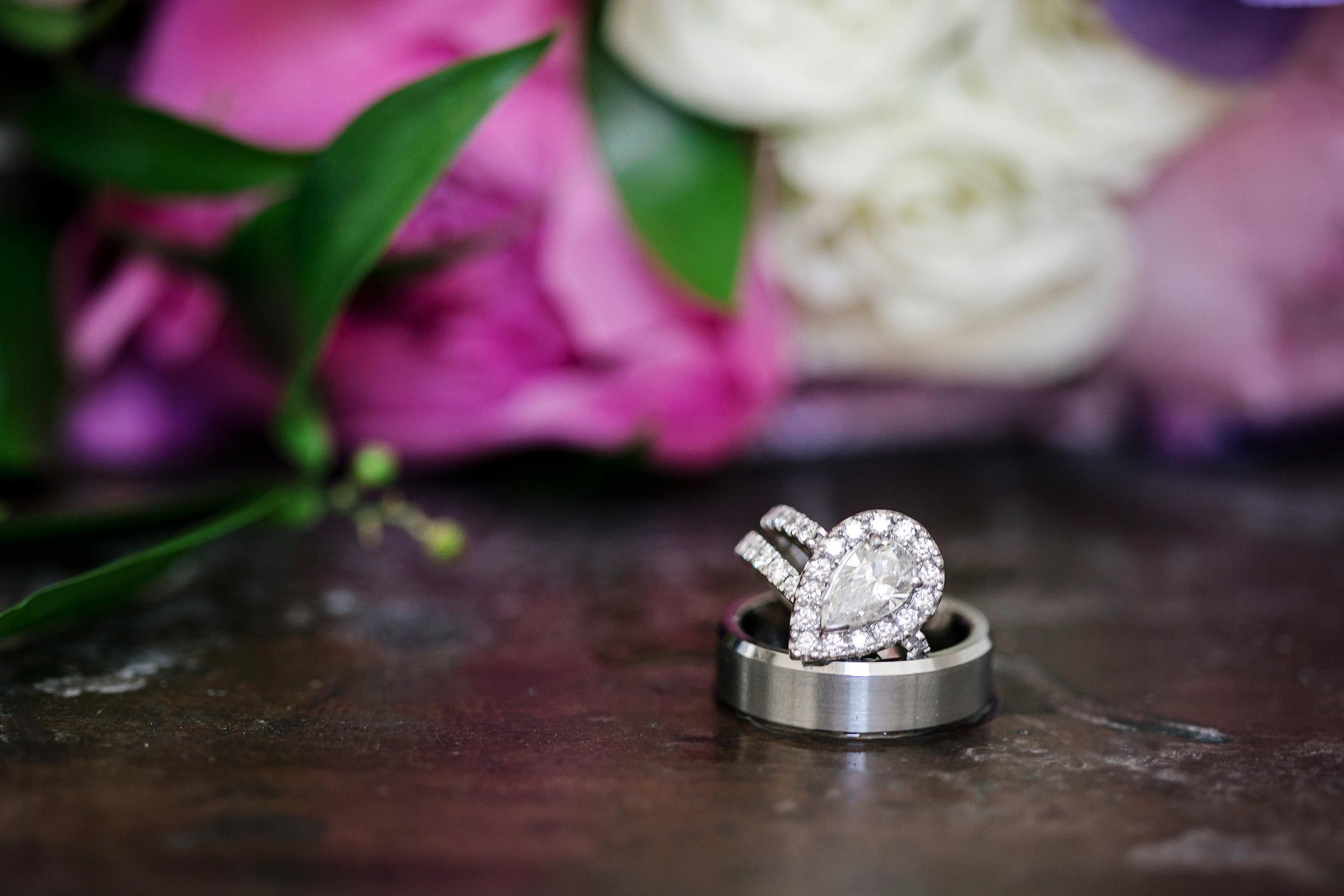Martinborough-Poppies-Wedding-Caine-Eloise-Toni-Larsen-0008.jpg