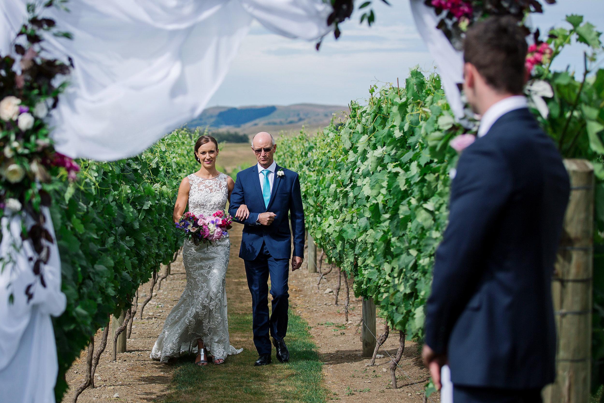 Martinborough-Poppies-Wedding-Caine-Eloise-Toni-Larsen-0077.jpg
