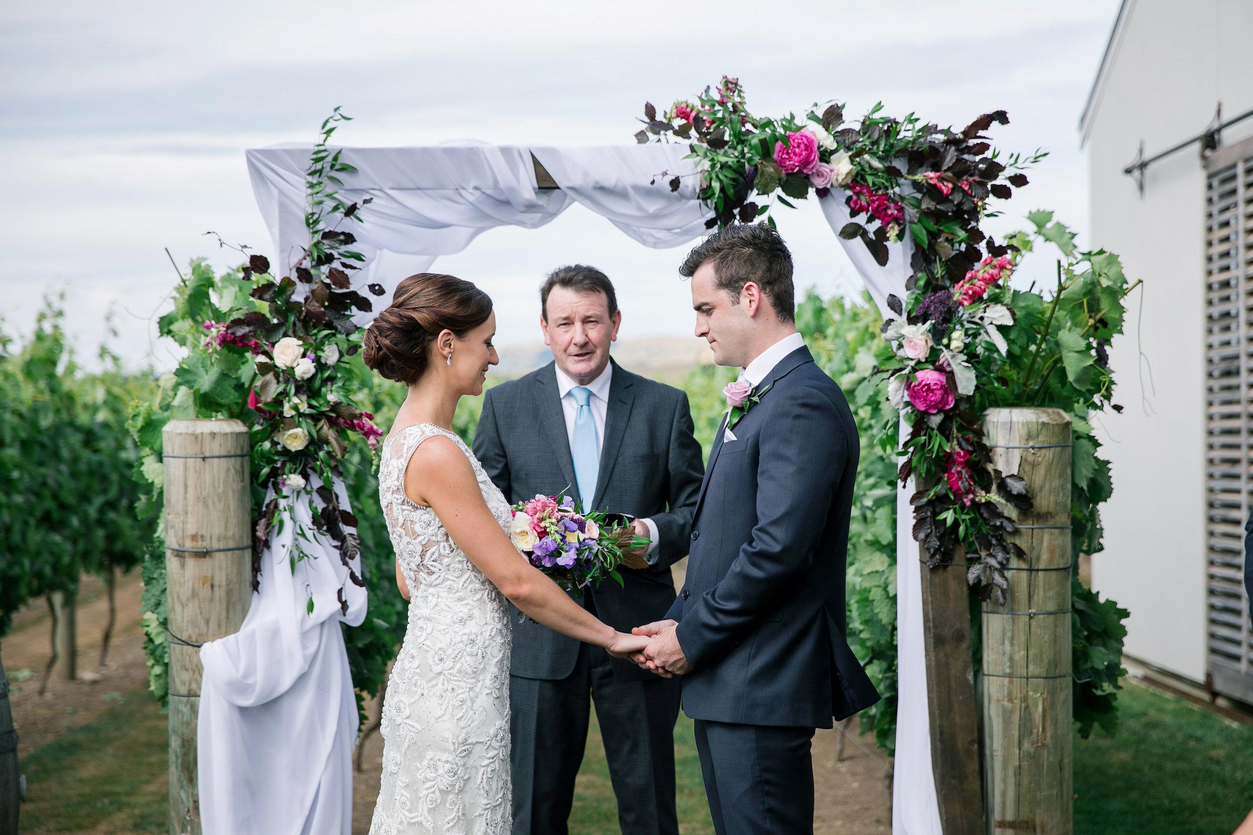 Martinborough-Poppies-Wedding-Caine-Eloise-Toni-Larsen-0085.jpg