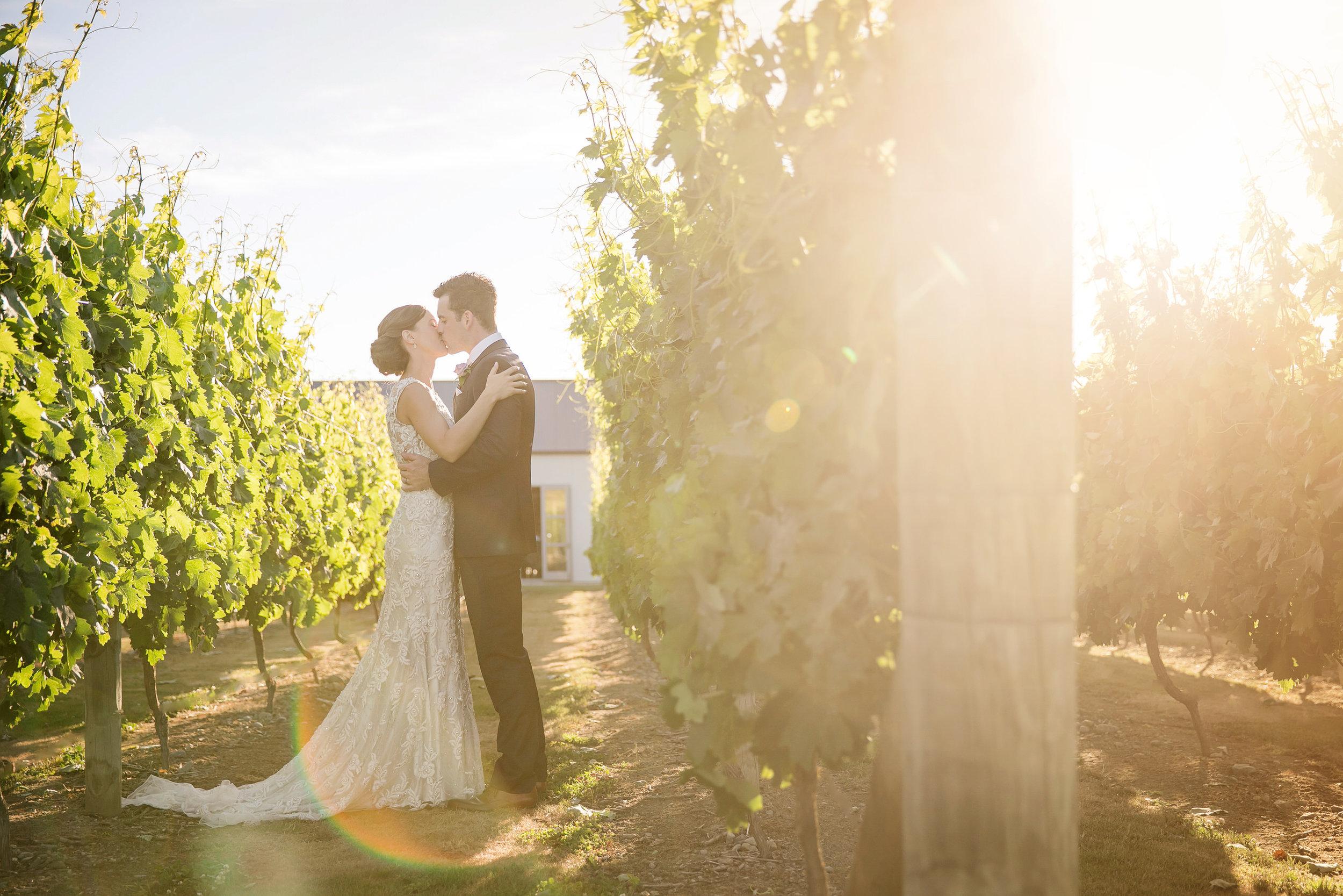 Martinborough-Poppies-Wedding-Caine-Eloise-Toni-Larsen-0110.jpg