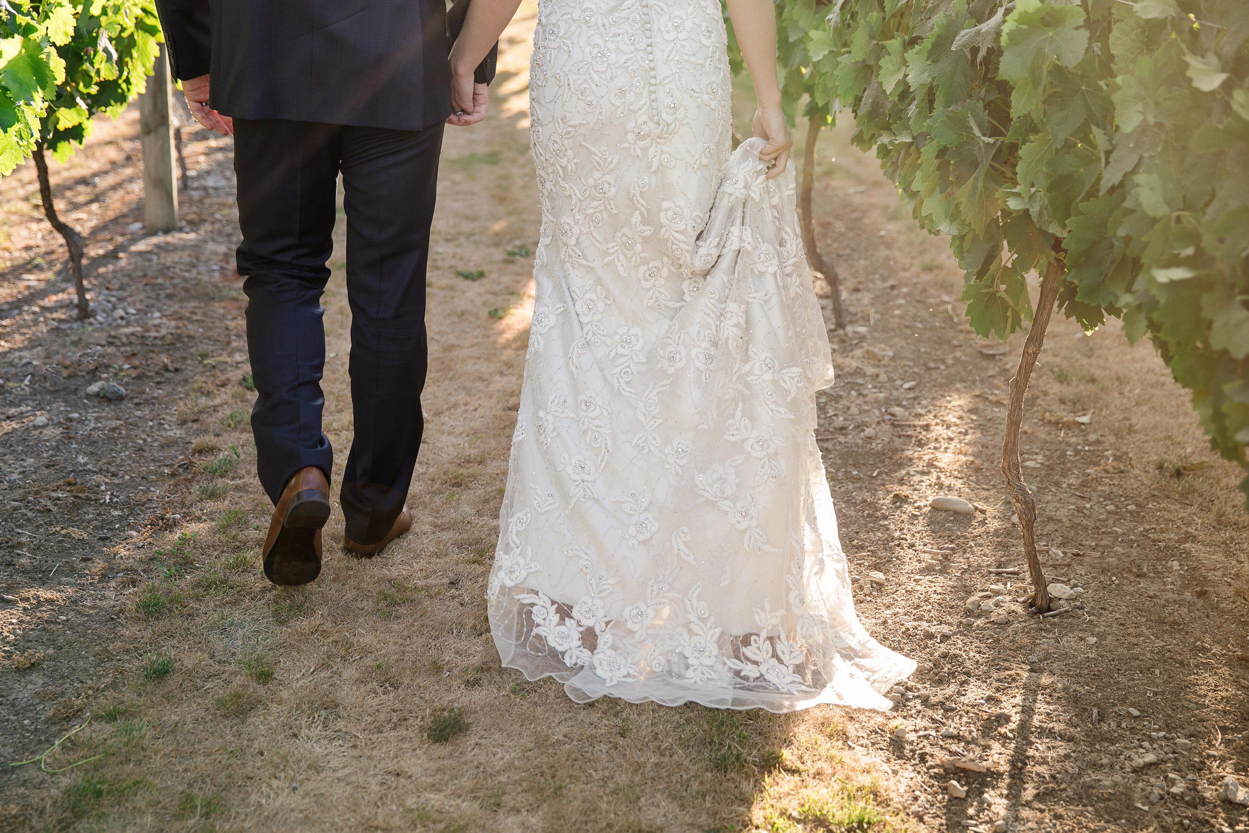 Martinborough-Poppies-Wedding-Caine-Eloise-Toni-Larsen-0114.jpg