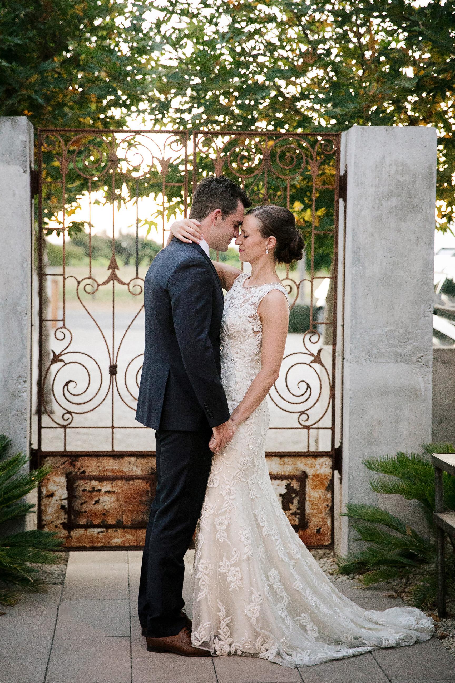 Martinborough-Poppies-Wedding-Caine-Eloise-Toni-Larsen-0120.jpg