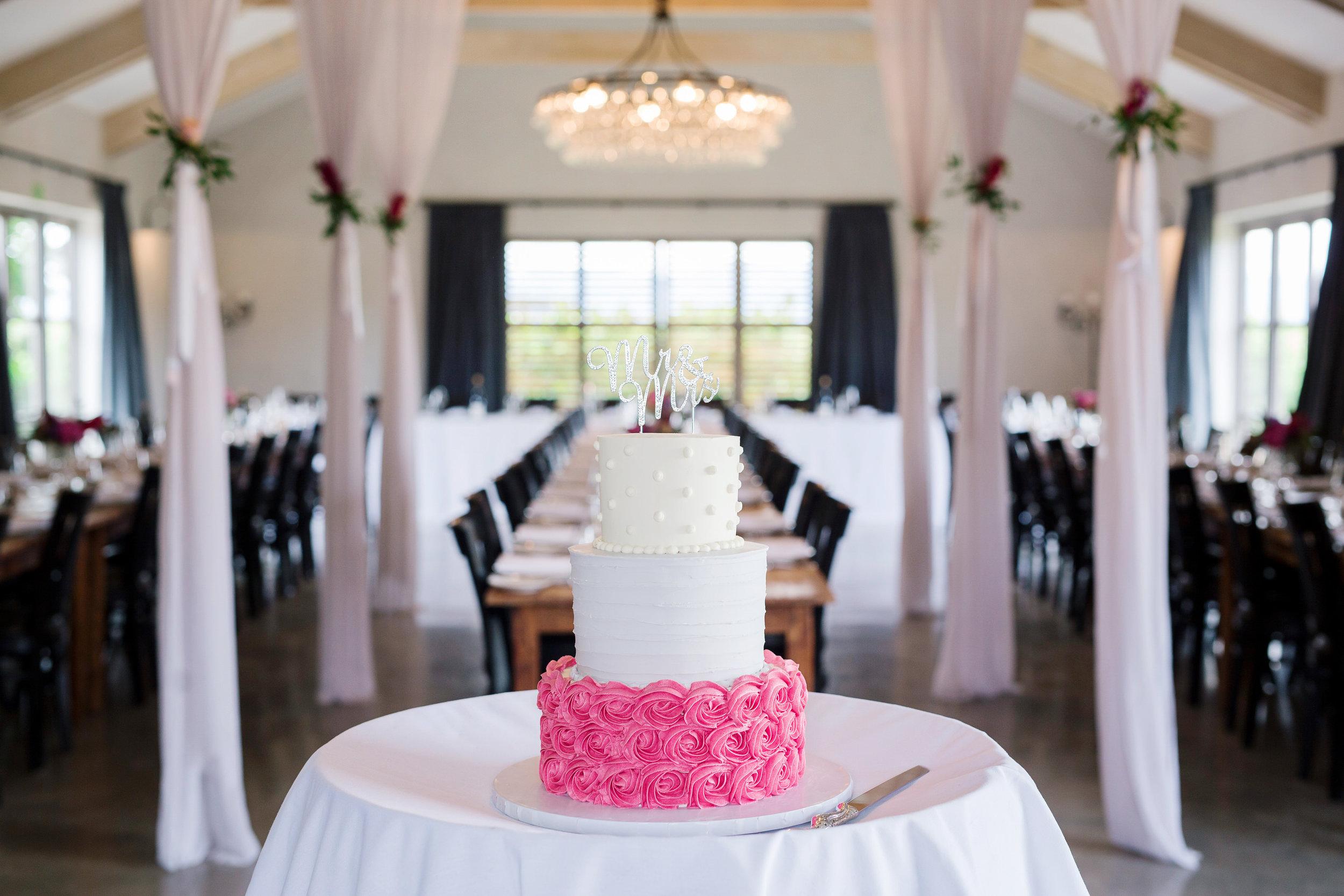 Martinborough-Poppies-Wedding-Caine-Eloise-Toni-Larsen-0122.jpg