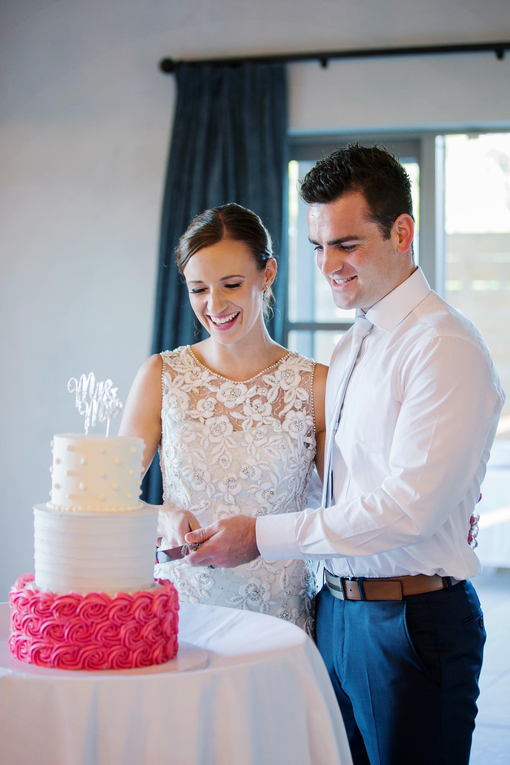 Martinborough-Poppies-Wedding-Caine-Eloise-Toni-Larsen-0139.jpg