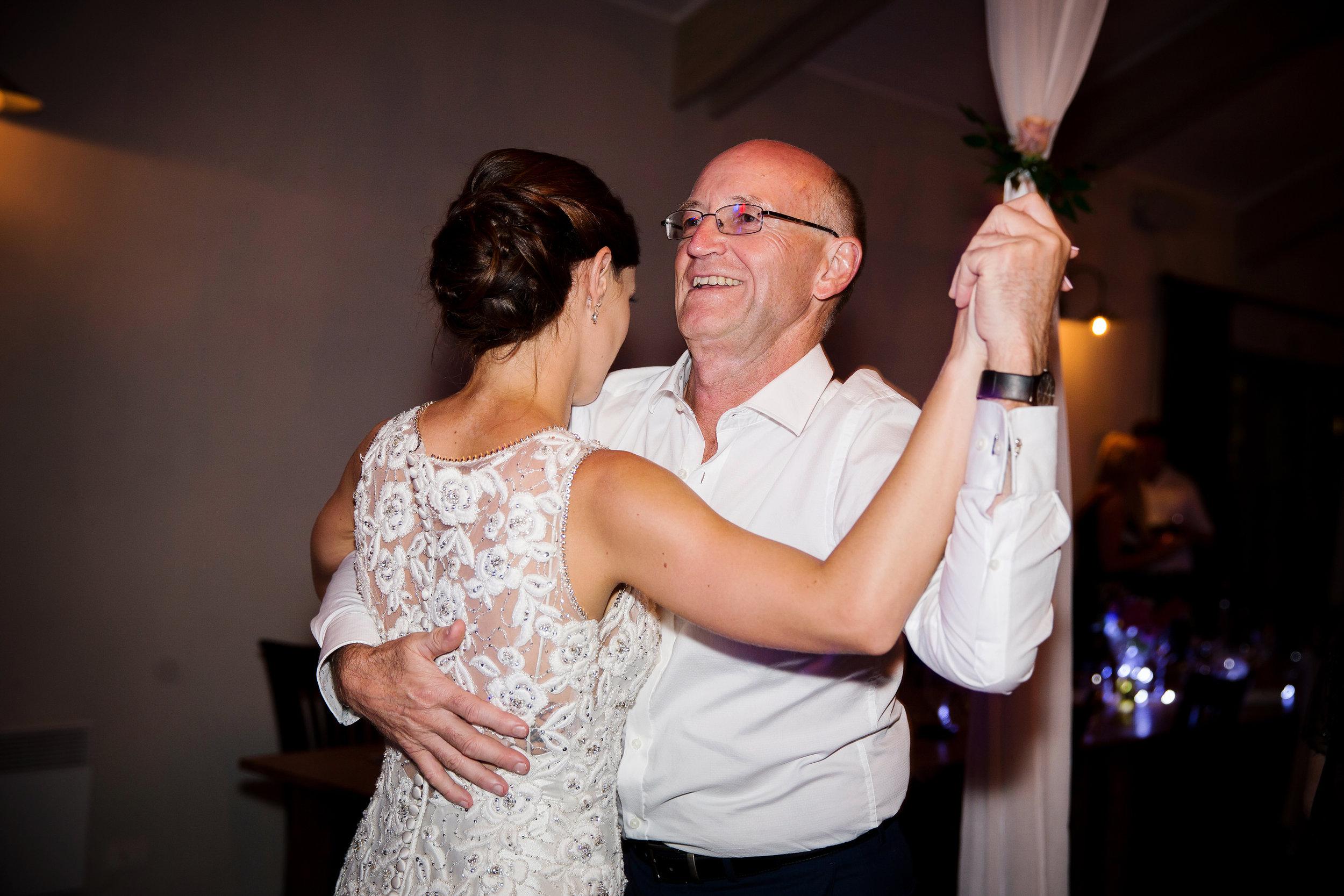 Martinborough-Poppies-Wedding-Caine-Eloise-Toni-Larsen-0165.jpg