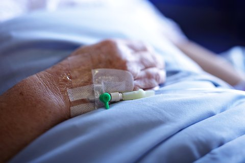 """""""Better-quality clinician–family communication was associated with both more confidence among family members to act as surrogates and a shorter duration of use of life support among patients who died."""" - Critical Care Medicine"""