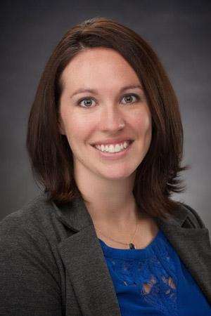 Lauren, an occupational therapist and dreamer.