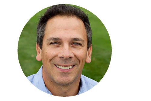 Jamey Shrier is a physical therapists that helps other therapists automate their practices.
