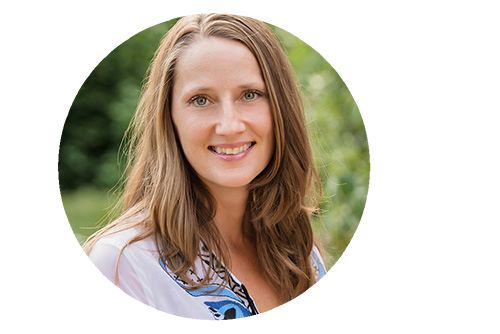 Emmy Vadnais is a holistic occupational therapist who helps fellow therapists start their own practices