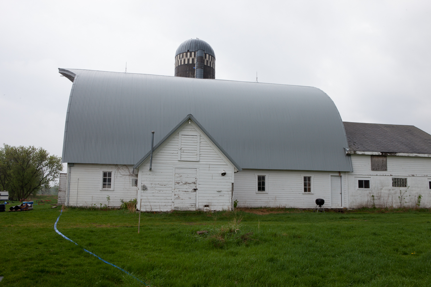 The new barn roof