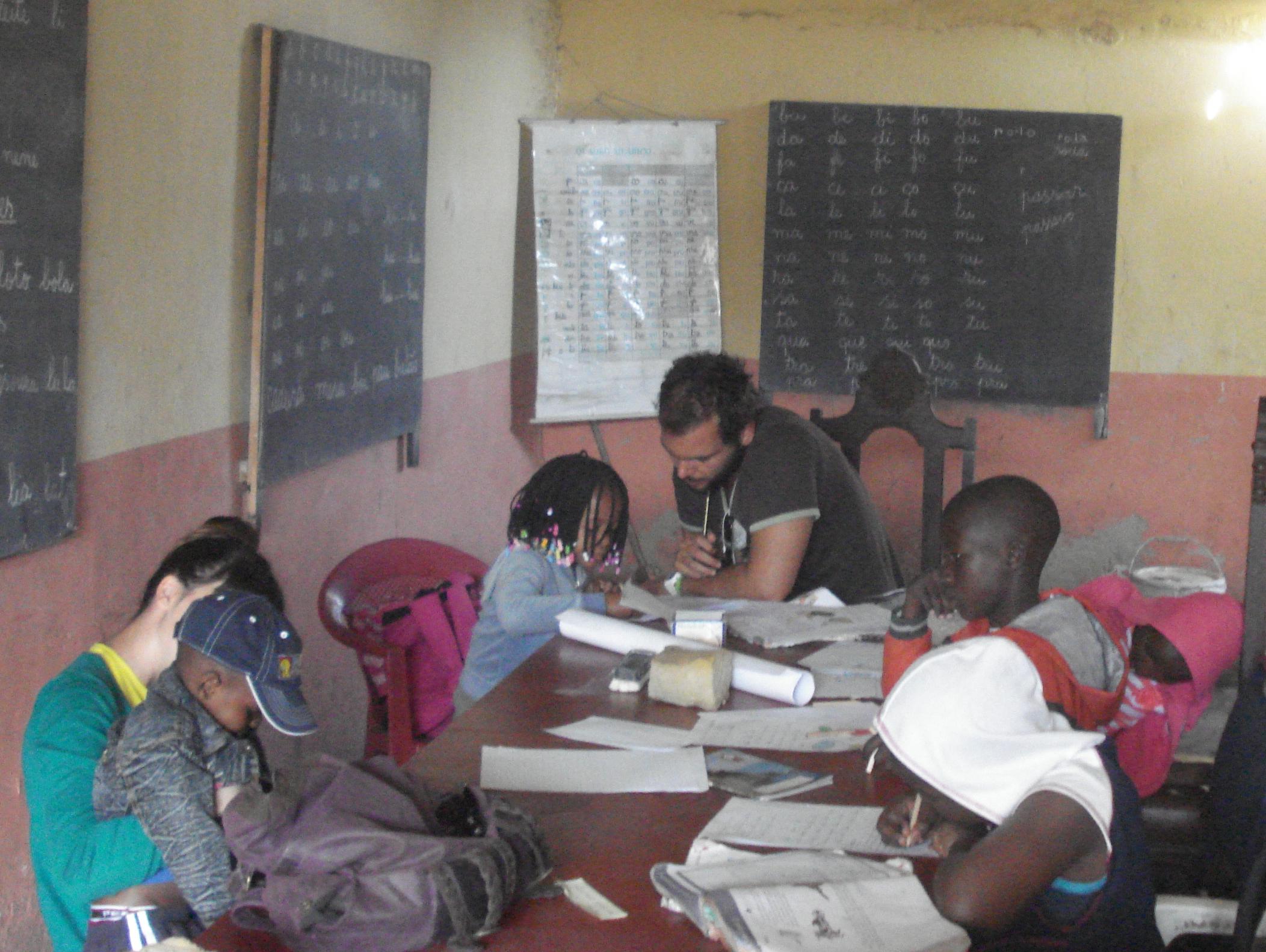 Apoio Escolar num Centro de explicações em Chamanculo.