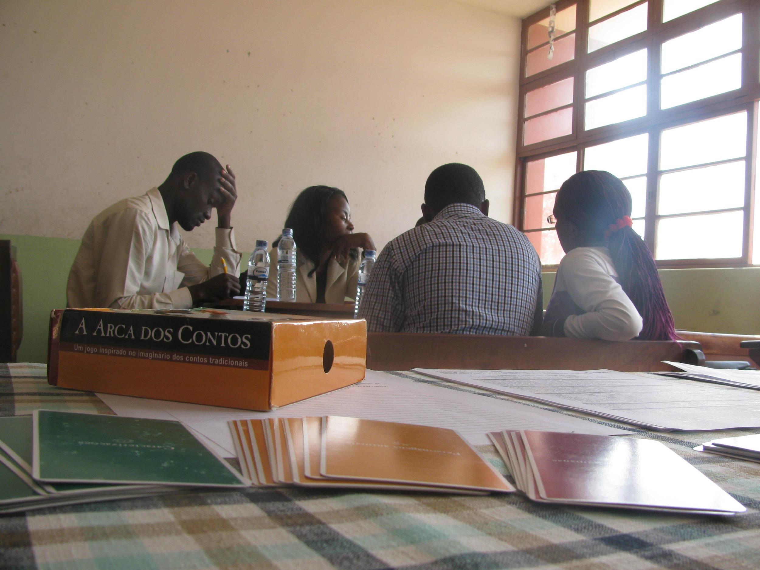Actividade de construção da Arca de Contos com professores da Katembe