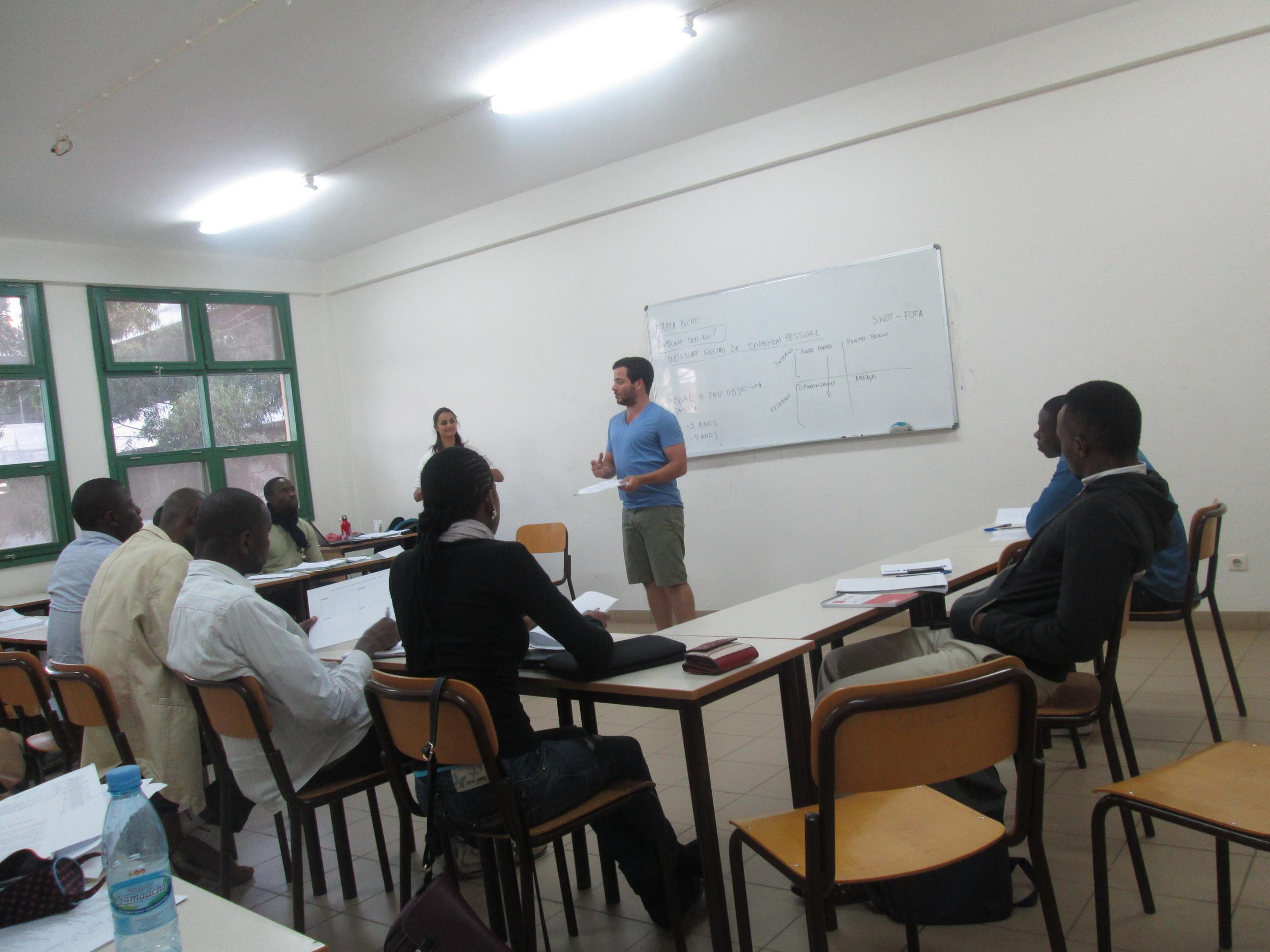 Workshop de Gestão de Imagem Pessoal na UEM