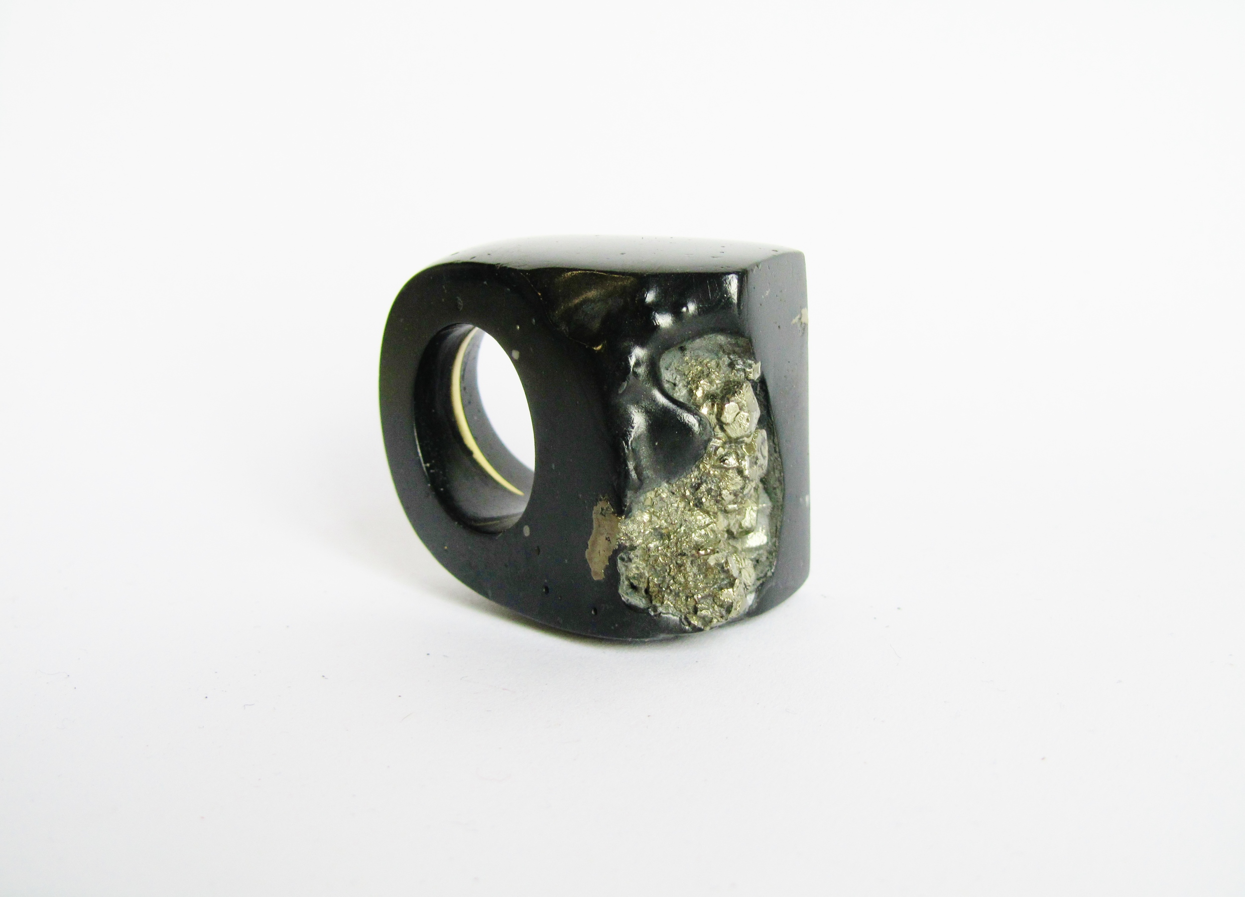 jade mellor fools gold pyrite black giant ring contemporary jewellery craft culture.JPG