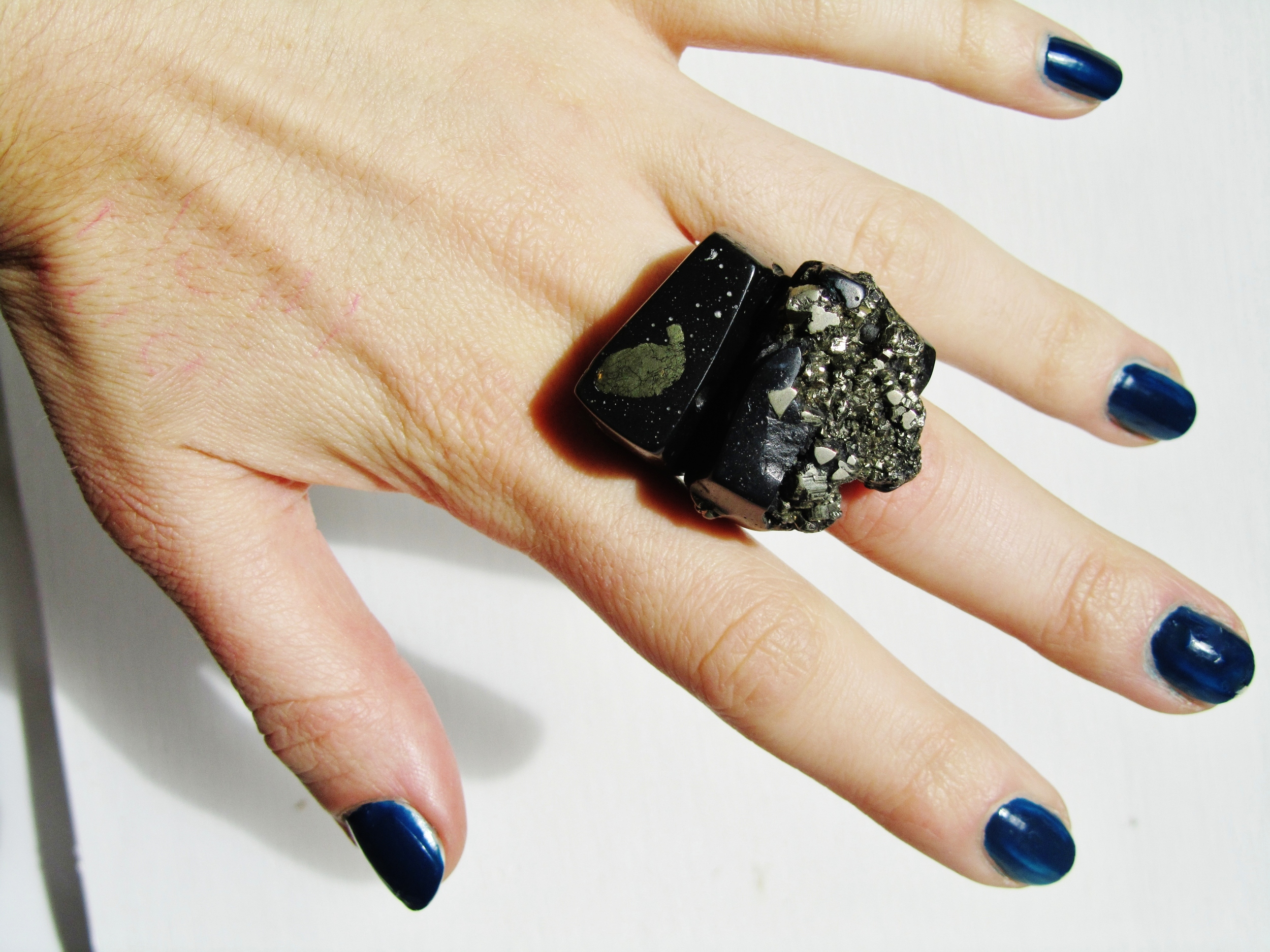 art shop rings black pyrite pair jade mellor.JPG