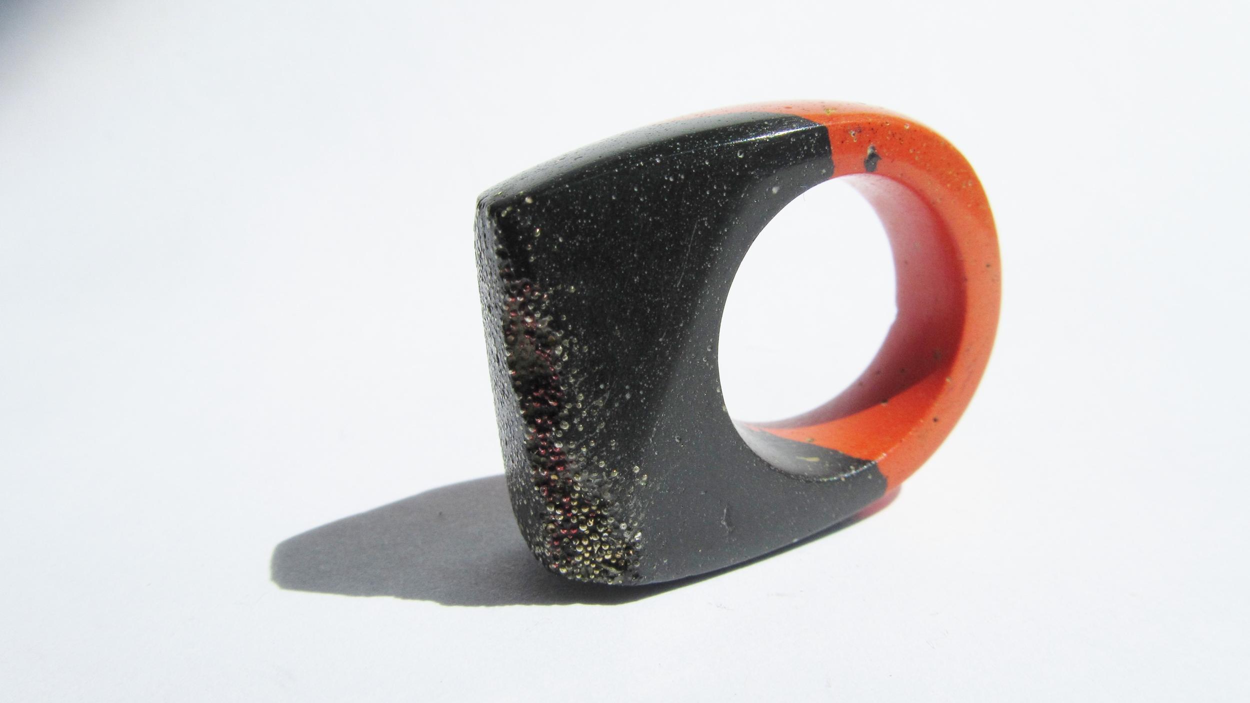 jade mellor hewn ring black red caviar gold caviar P 5.JPG