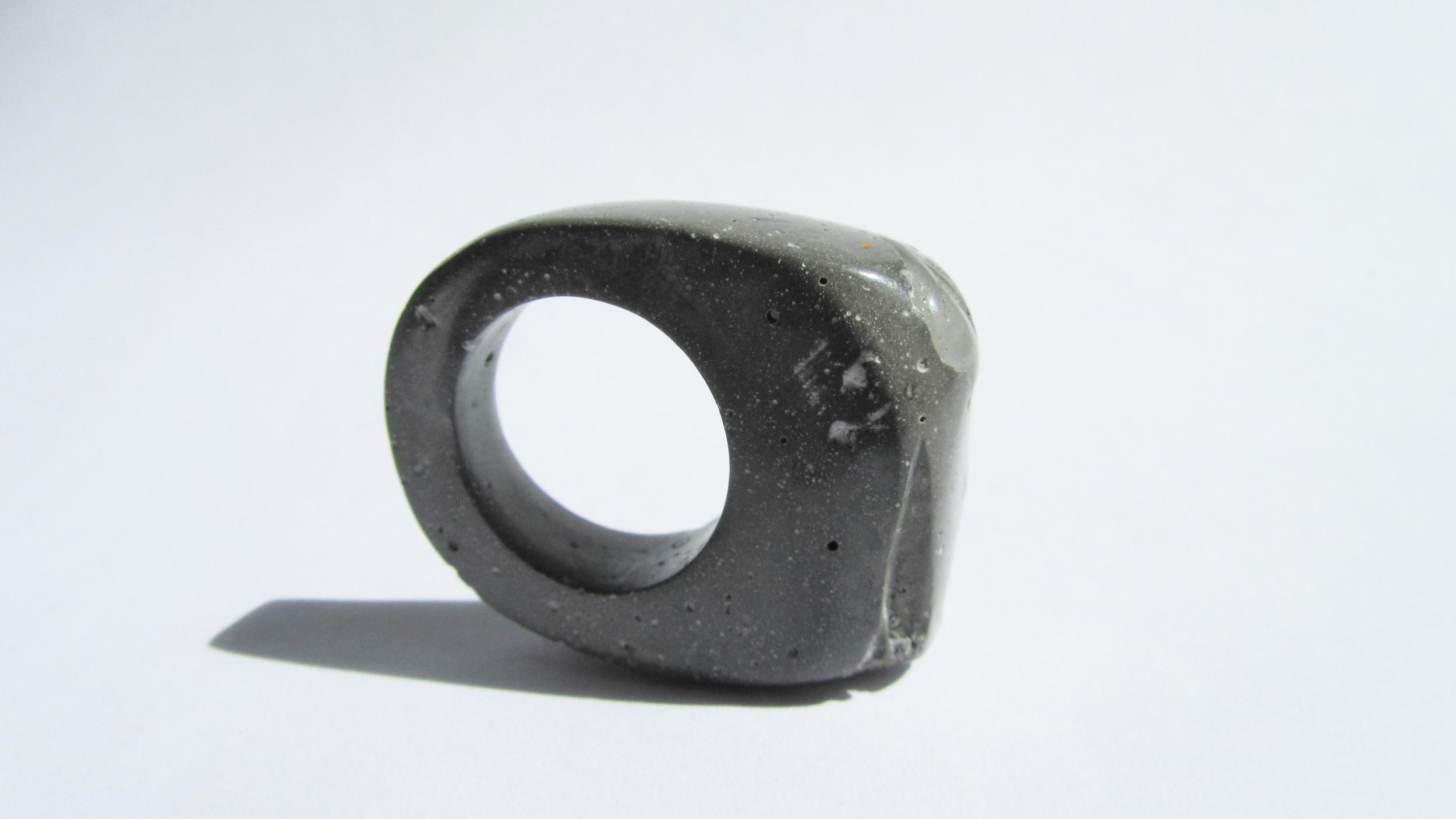 jade mellor hewn ring grey quartz Q 3.JPG