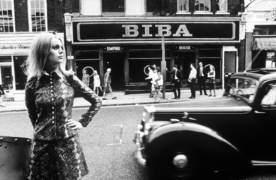 Outside the Biba store in 60s London