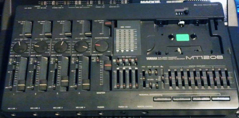 Yamaha MT120S 4-track recorder