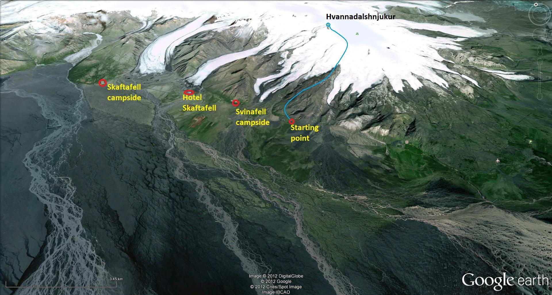 Hnjukur_glacier_hike.jpg