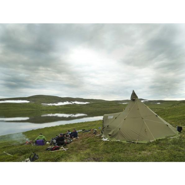 varanger_camp_finnmark-lt_poppe4.jpg