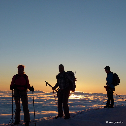 snæfellsjökull glacier midnight sun summit hike.JPG