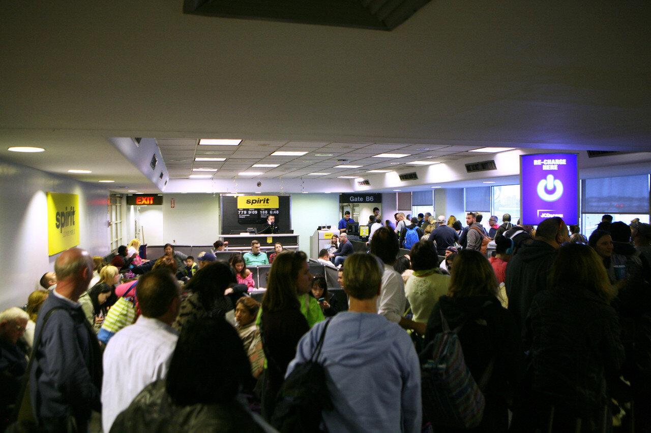 airportterm.jpg