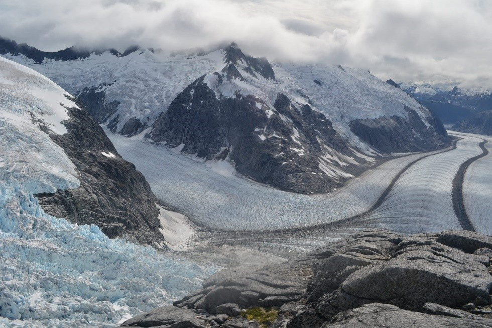 The Vaughan Lewis Icefall (bottom left) and the ogives (right) it produces. Photo by author.