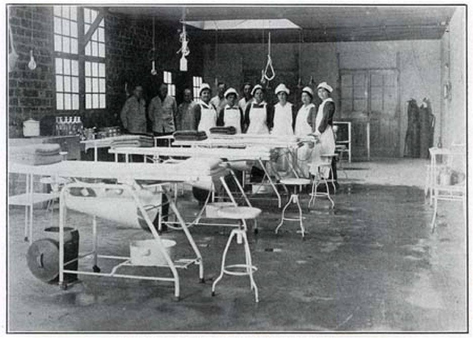 Extraction team in one of the Abattoir's many state-of-the-art surgical suites.
