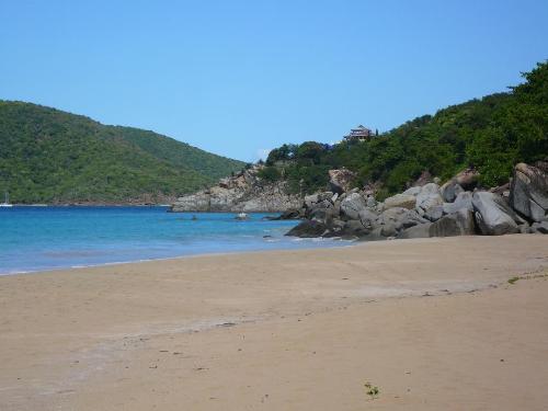 Lambert_Beach,_Tortola,_BVI.JPG