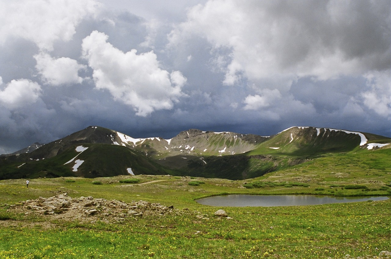 The view from atop Independence Pass on Hwy. 82. ©2004 by Bobby Magill