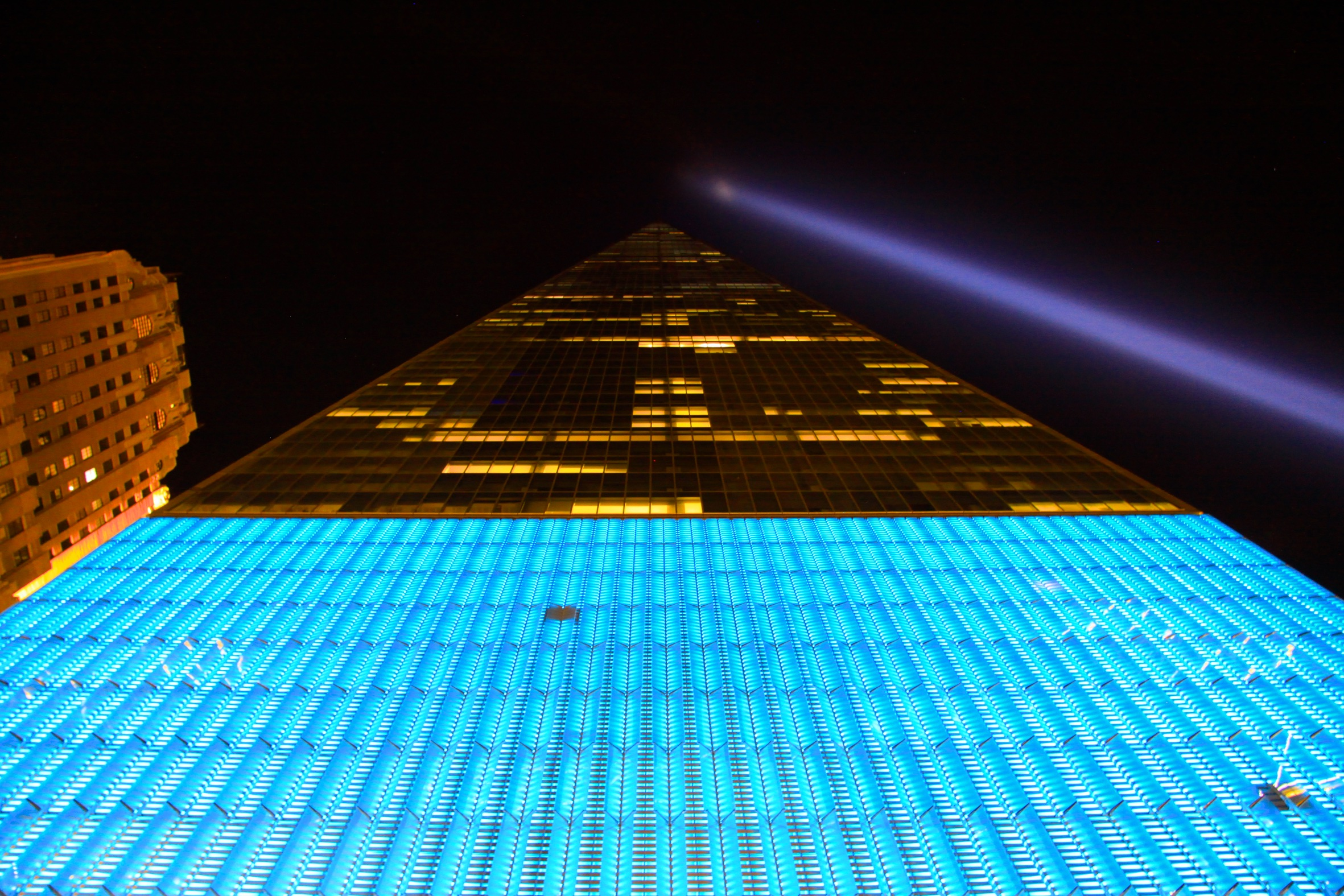 One World Trade Center with the 9/11 tribute lights beaming to the sky. © Bobby Magill