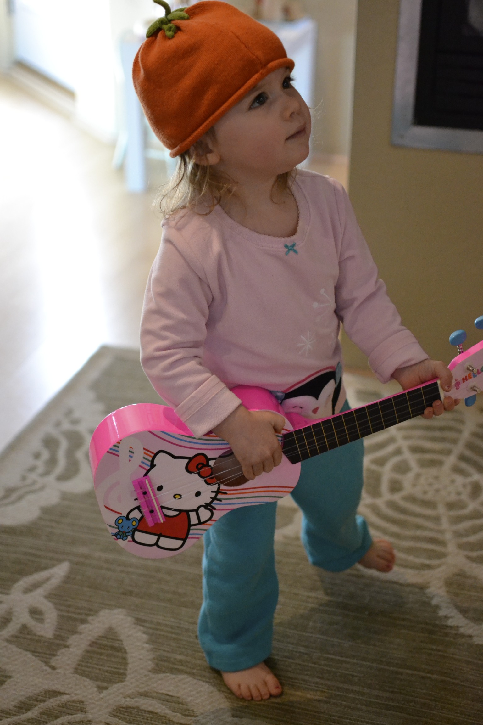 back to practicing...our little one man band should be ready for tour very soon!