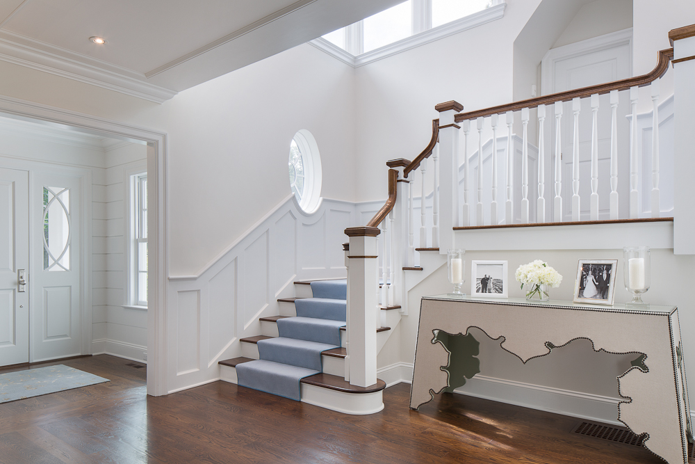 6 Entry and Stair.jpg