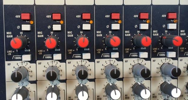 gain-knobs-top.jpg