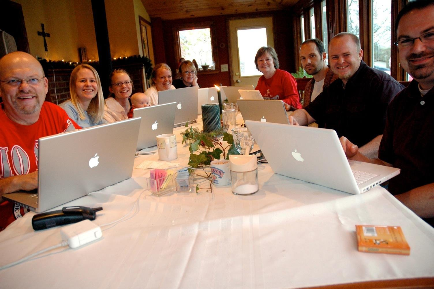 Ron's son, Zach (second one back on the right side of the table) sent me this picture. One of our early, common interests was the Macintosh, and we often spent many hours talking about how much we liked our Macs.