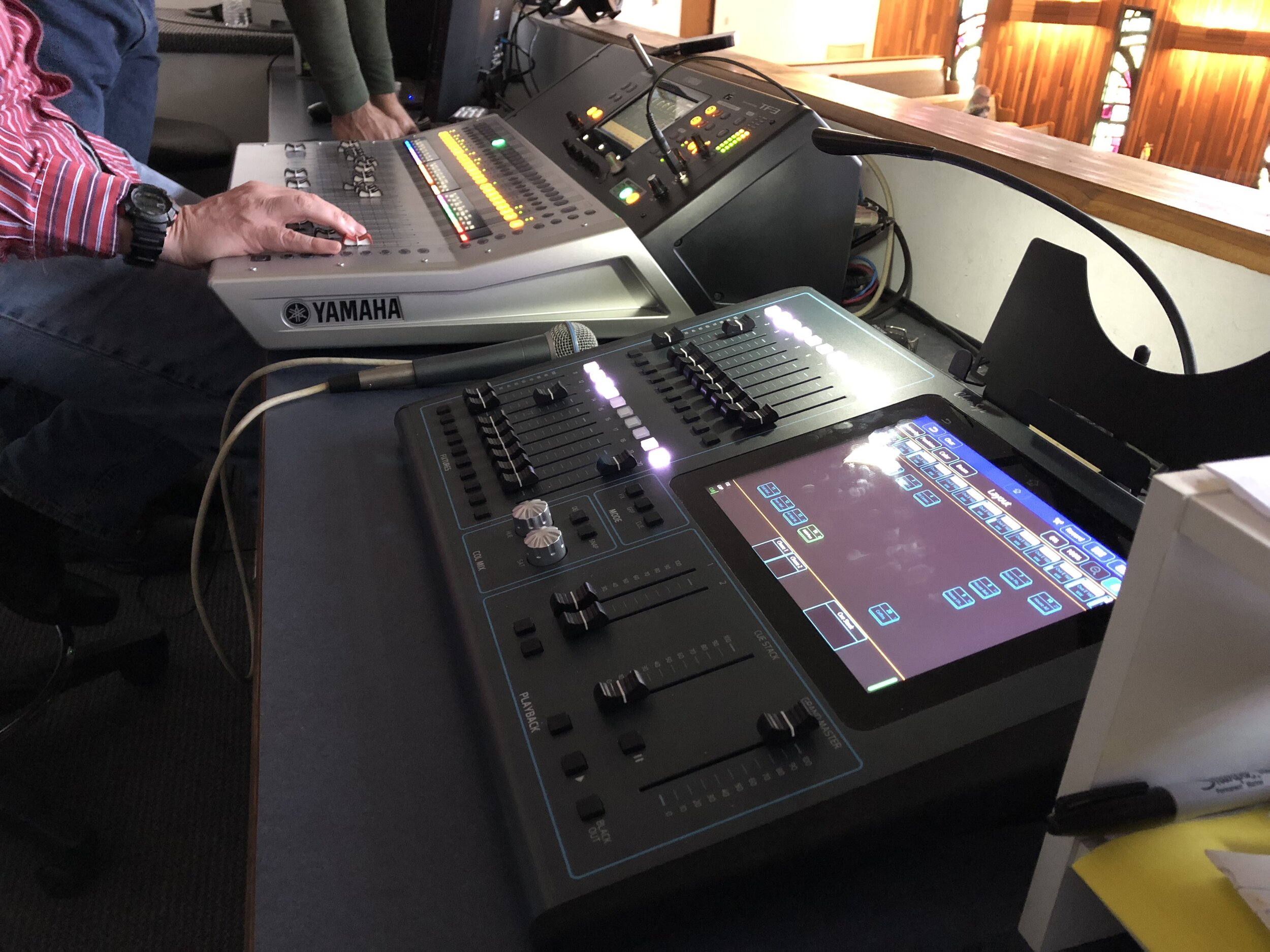 A Chamsys QuickQ10 and Yamaha TF-3 bring this tech booth into the 21st century.