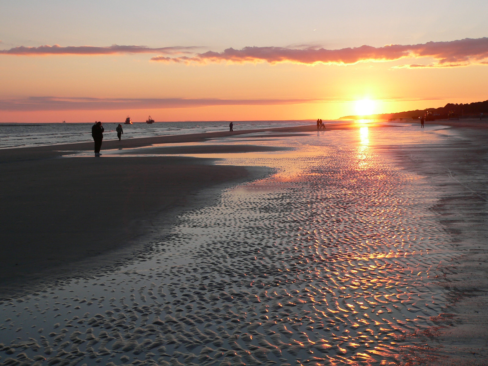 Sunset_at_the_Beach_on_Hilton_Head_Island.jpg
